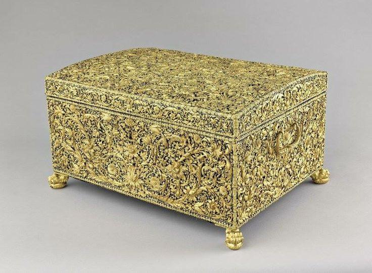 Coffre d'or exécuté pour Louis XIV. Paris, 1676. Jacob Blanck, orfèvre ; Jean Pitan, marchand © Ancienne collection royale. Paris, musée du Louvre