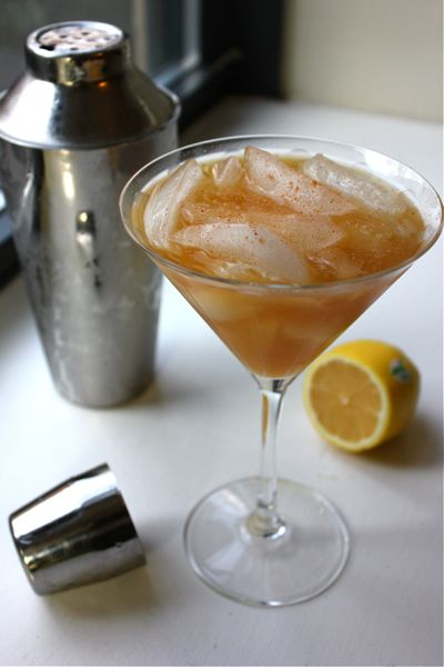 Bourbon Apple Cider Cocktail | Autumn In New England | Pinterest