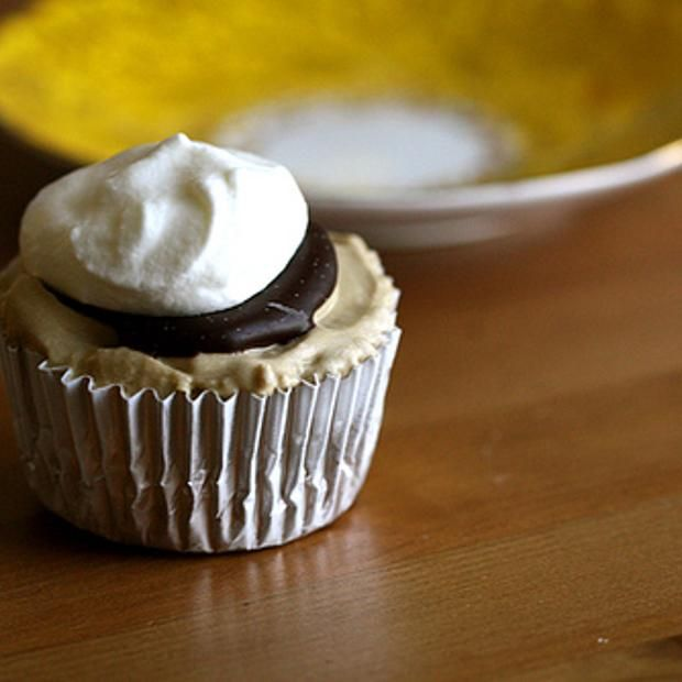 More like this: ice cream cupcakes , cream cupcakes and brownies .