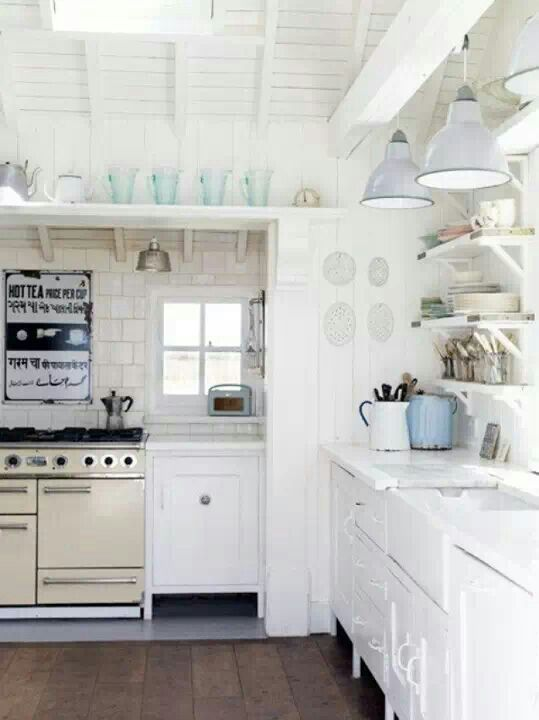 Beach cottage kitchen where i want to live pinterest for Beach cottage kitchen design ideas
