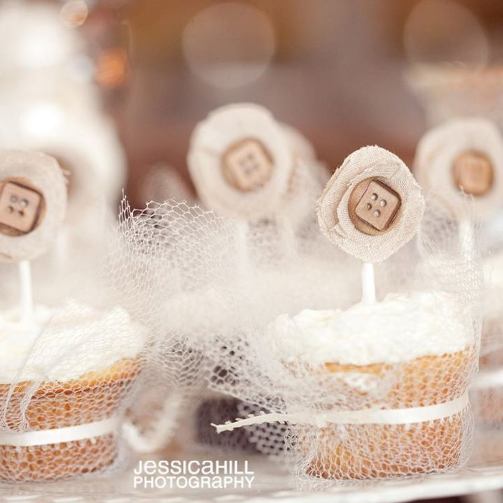 Tulle/ribbon  wrapped cupcakes... Burlap and button toppers
