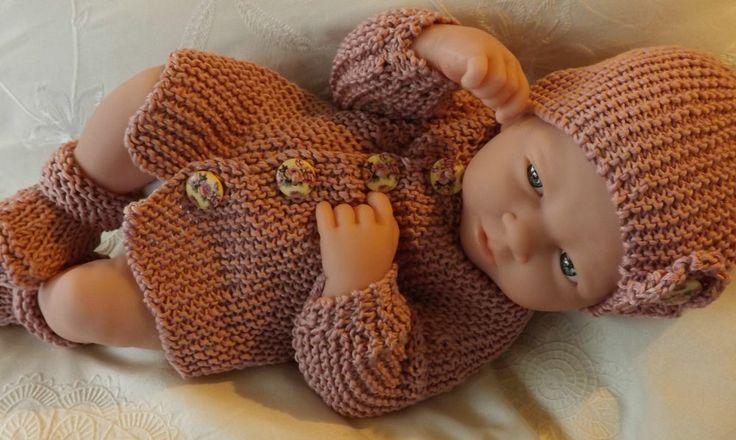 Premature Baby Booties Knitting Pattern : KNITTING PATTERN Premature Baby Coat Hat Booties EASY Matinee Set C00?