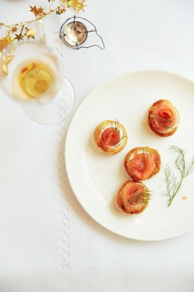 Smoked salmon and cream cheese bites | Food | Pinterest