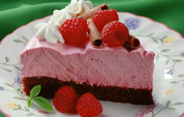 Raspberry Mousse Brownie Pie. Easy and surprisingly low in fat!
