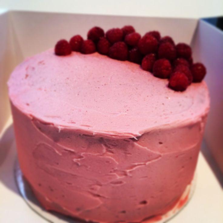 Raspberry & Lemon Cake   For goodness cake!   Pinterest