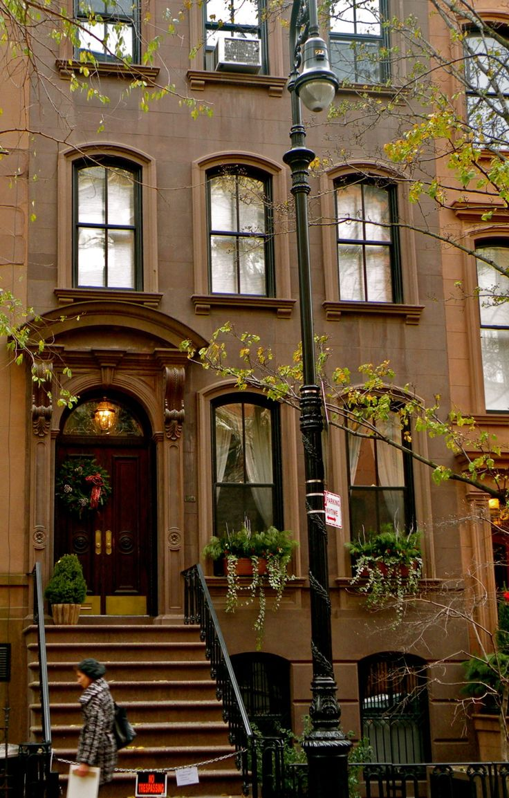 Beautiful brownstone houses pinterest for Apartments for sale in greenwich village nyc