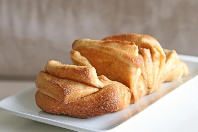 Cinnamon Sugar Pull-Apart Bread   Food - Bread   Pinterest