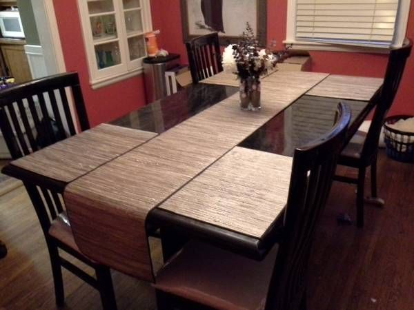 Dining Room Table And 4 Chairs 250 Walnut Grove And Highland