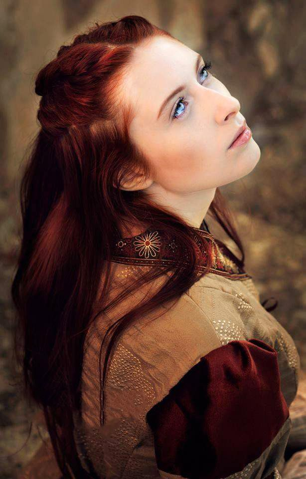 Female Characters With Red Hair Pin by Pamela Lebedda ...