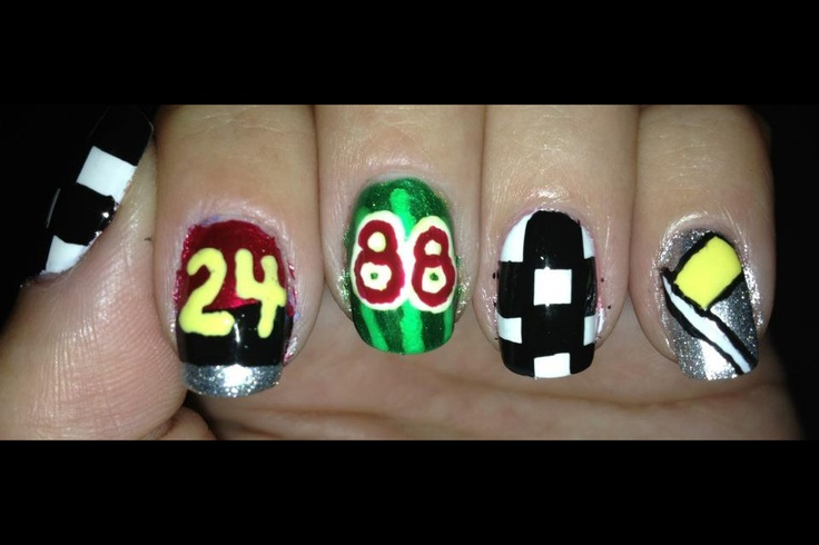 NASCAR Nail Art!