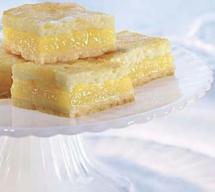Lemon cheesecake bars | Recipes | Pinterest