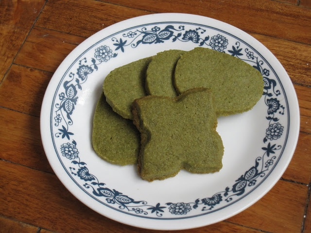 Green Tea (Matcha) Shortbread Cookies | Rebel's Kitchen | Pinterest