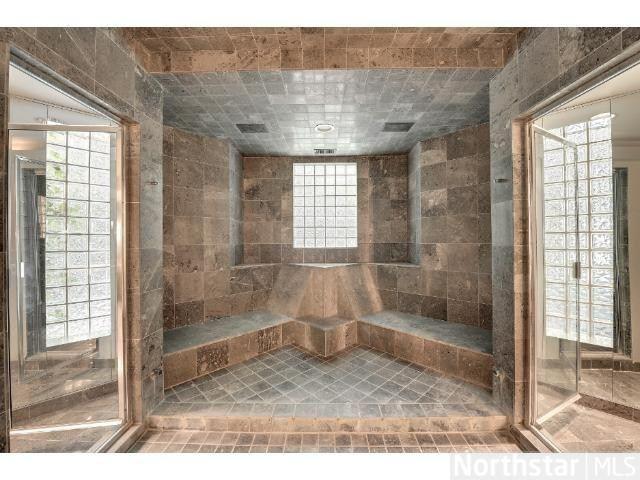 Luxury Walk In Showers