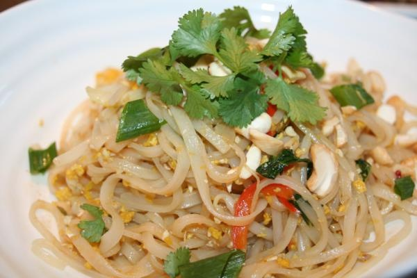 Vegetarian Pad Thai | Best Photos of Food | Pinterest