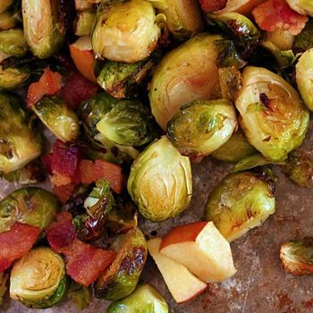 Roasted Brussel Sprouts, Bacon & Apples   FoodVan   Pinterest