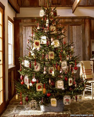 Beautiful. At the rate I'm going I'm gonna need about 5 Christmas trees!