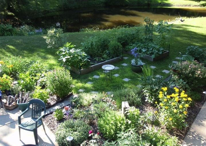 Landscaping edible landscaping ideas for Edible garden ideas