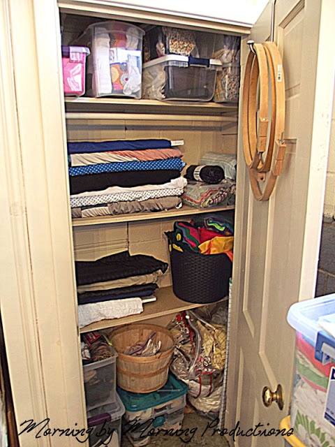how to build a closet casual cottage. Black Bedroom Furniture Sets. Home Design Ideas