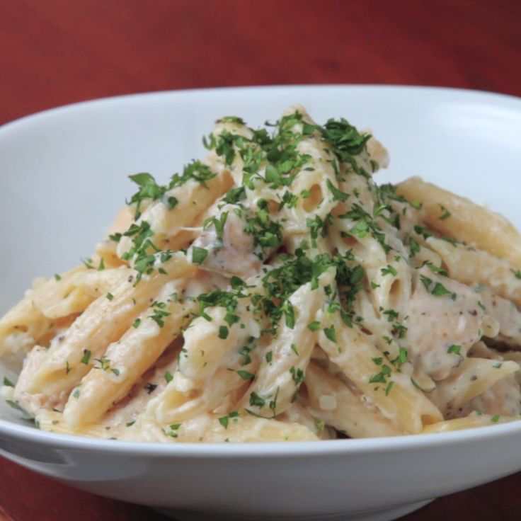 Easy Chicken Alfredo Penne