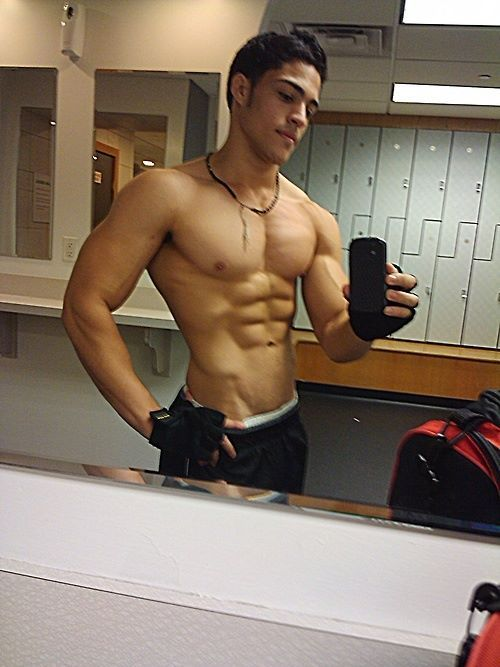 Gym Stud selfie after his workout