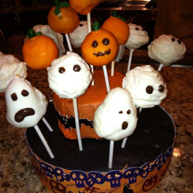 Halloween cake ball pops. | Halloween | Pinterest