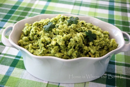 ... potatoes with Spinach Pesto~ and a little fun with Spinach 4-Leaf