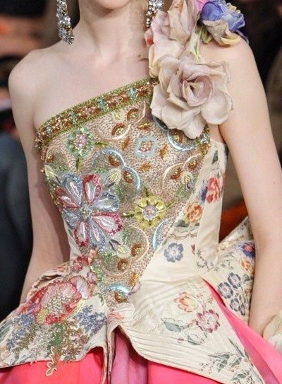 Mariage marie Antoinette / Christian Lacroix on We...