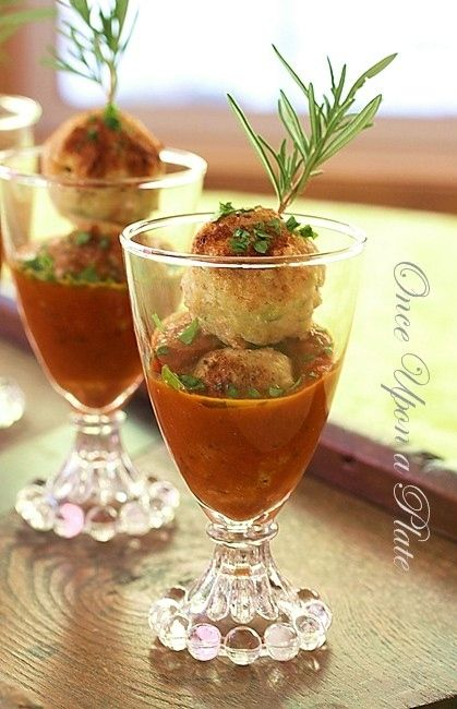 ... Upon a Plate: Heathier Turkey Mini-Meatballs with Smoked Tomato Sauce
