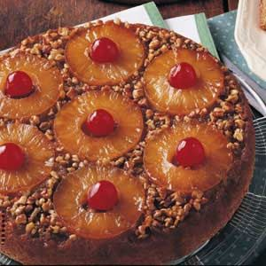 skillet pineapple upside-down cake... substituted hazelnuts for pecans ...