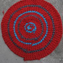 How to Make a Crocheted Round Fabric Rug | eHow