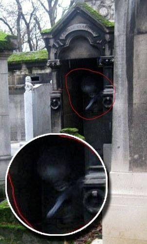 Paris old cemetery   Paranormal   Pinterest