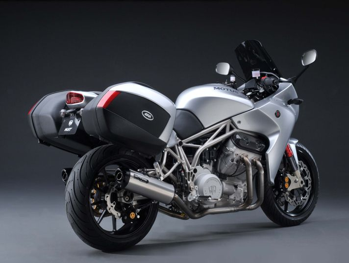 Motus MST and MST-R: The New American Sportbikes