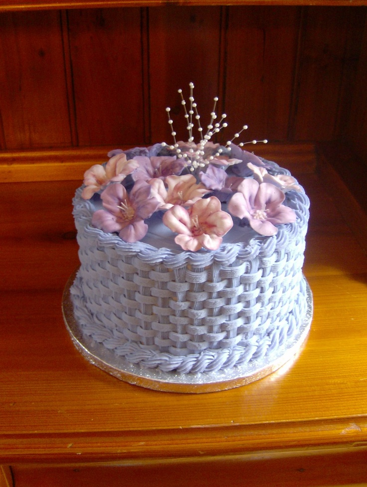 Mrs  Buttercream Cake Decorating : Basketweave Buttercream Cake Mrs. Buttercream Cake ...