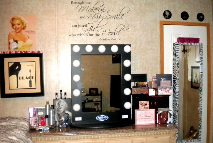 Marilyn Monroe Inspired Vanity Room Inspiration Glam Hollywood Style Beauty Stations