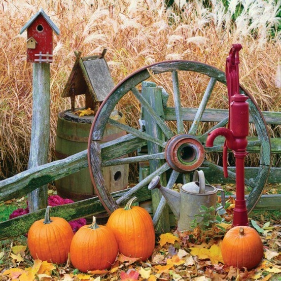 Vintage autumn decor autumn fall pinterest for Harvest decorations for the home