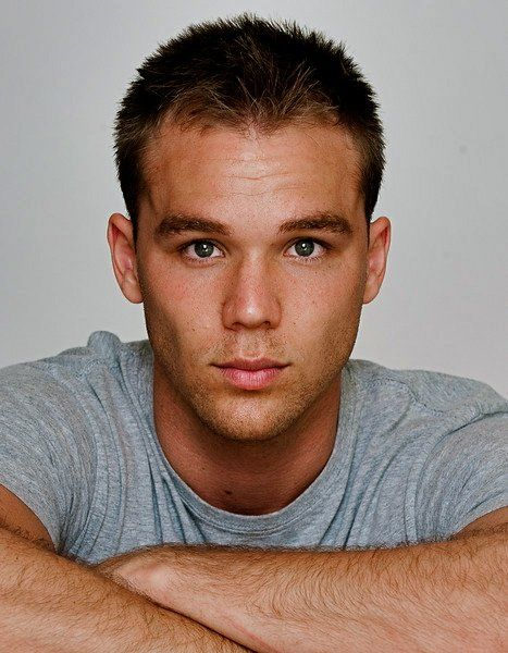 lincoln lewis - photo #29