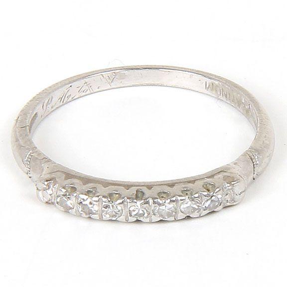 beautiful vintage platinum wedding band ring