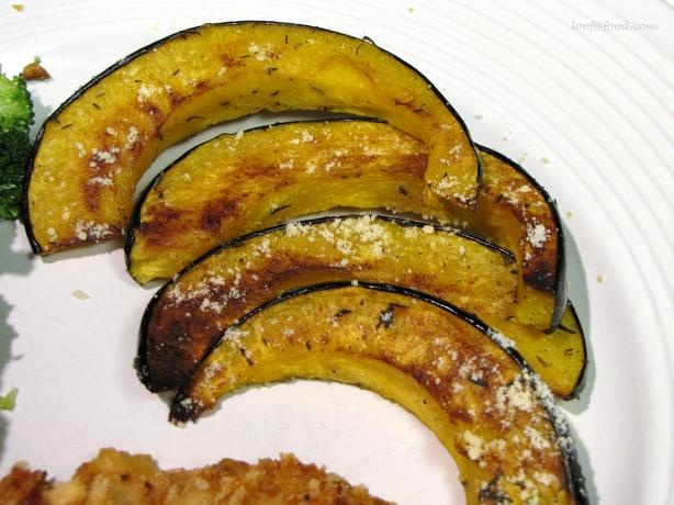 Parmesan-Roasted Acorn Squash. Photo by loof