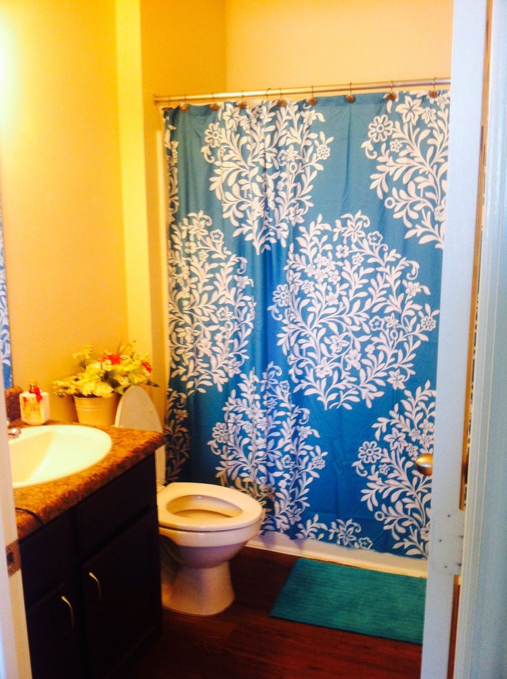College Apartment Bathroom First Apartment Pinterest