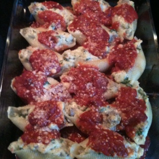 ... .com/recipes/sausage_spinach_ricotta_stuffed_pasta_shells