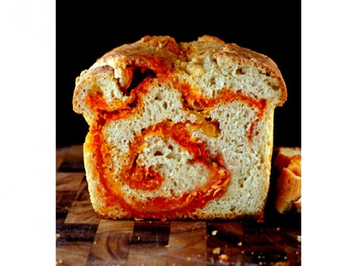 ... For Spicy Food Lovers: Sriracha Pepper-Jack Cheddar Swirl Bread