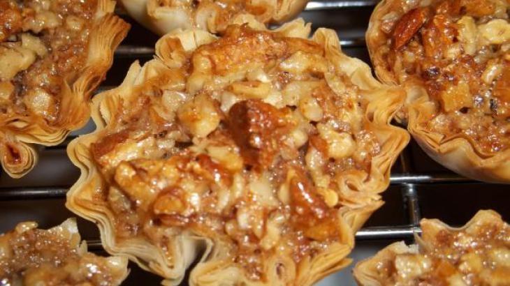 Crunchy Pecan Pie Bites | COOKIES | Pinterest