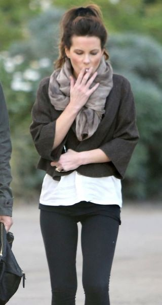 Kate Beckinsale Is A Smoker | The Look | Pinterest