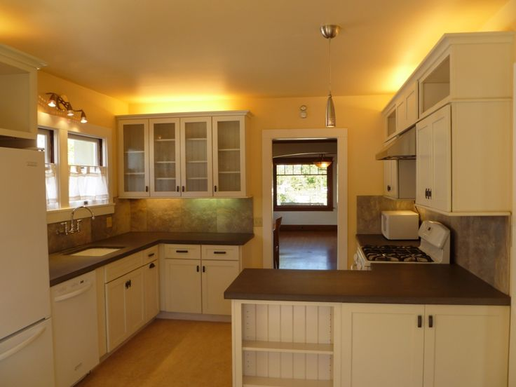 Pin by american bungalow magazine on craftsman kitchens for Bungalow style kitchen