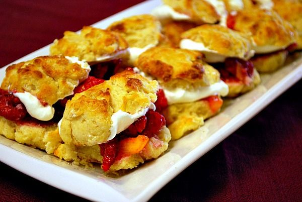 Peach Melba Shortcake Sliders | Utter Deliciousness! | Pinterest