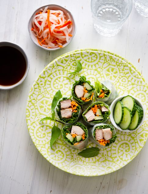Garlic chicken spring rolls with daikon and carrot pickles (Hors d ...