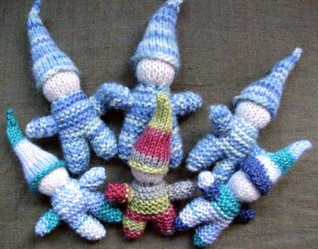 Gnome Knitting Pattern : Gnome knitting pattern knitting Pinterest