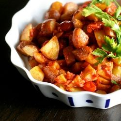 Patatas Bravas! One of my favorite tapa dishes - roasted fingerlings ...