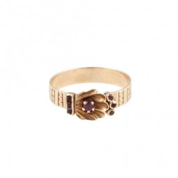 vintage shell ring