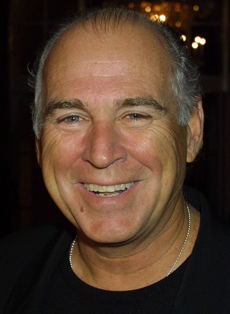 jimmy buffett Jimmy buffett is gearing up for tour and will be performing to his hits in your city soon to catch him live in concert, you have to get your jimmy buffett tickets now.